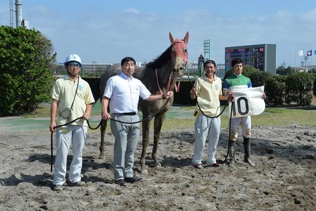 190923 伊藤裕人騎手 100勝-02