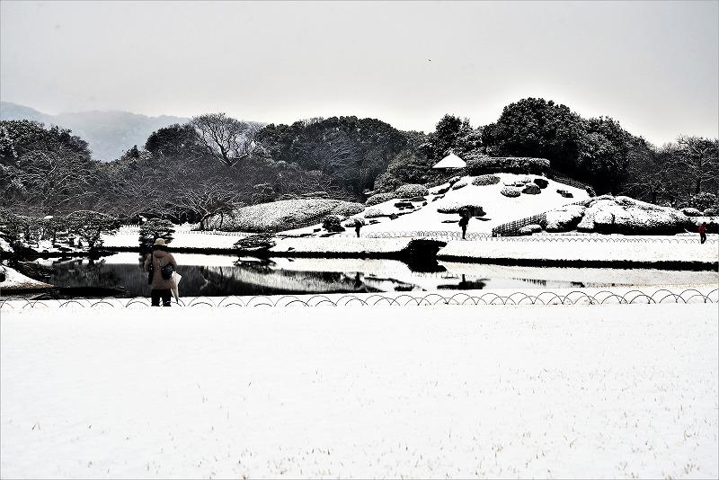 雪の後楽園2