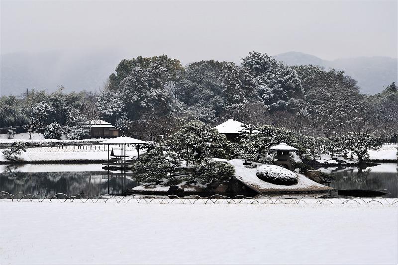 雪の後楽園3