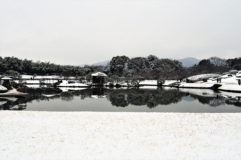 雪の後楽園5
