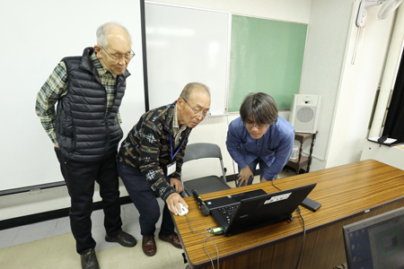 11 修了作品指導IMG_4719