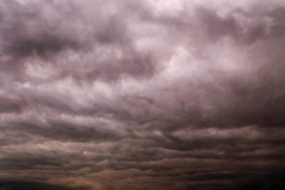この雲は画像のレトリック(=レタッチ)を一切用いておりません