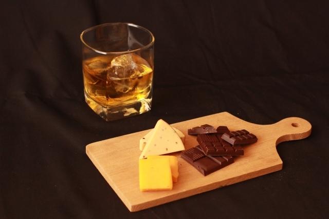 スコッチを水割りで飲るのは日本人だけです