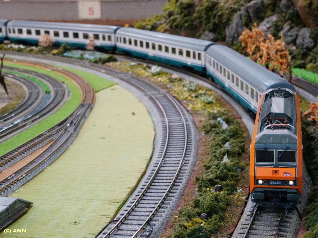 ROCO_SNCF_BB26000_2-1152ANN_768.jpg