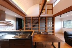 千本格子の家 内装