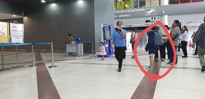Arrival at Ubon airport (3)