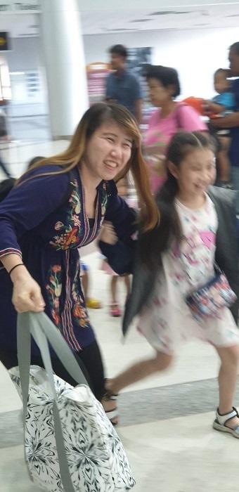 Arrival at Ubon airport (6)