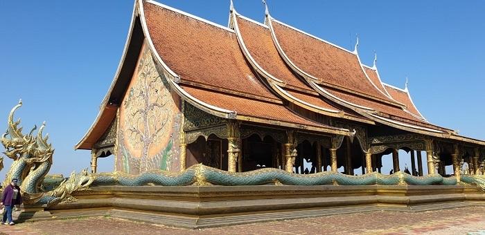 Wat Sirindhorn (13)