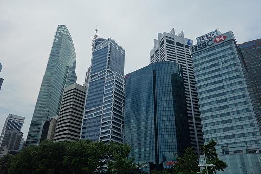 アジアの貿易・交通・金融の中心地の一つ