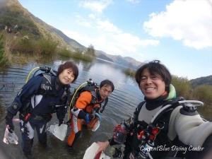 2秋の本栖湖ダイビング11月湧水 (4)