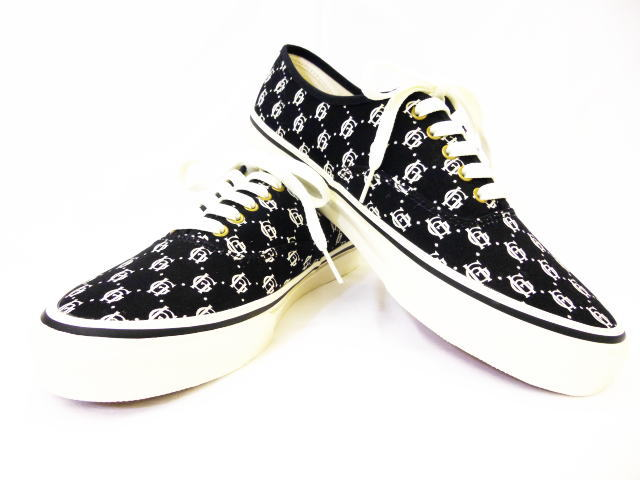 GLAD HAND×VANS AUTHENTIC FAMILY CREST BLK