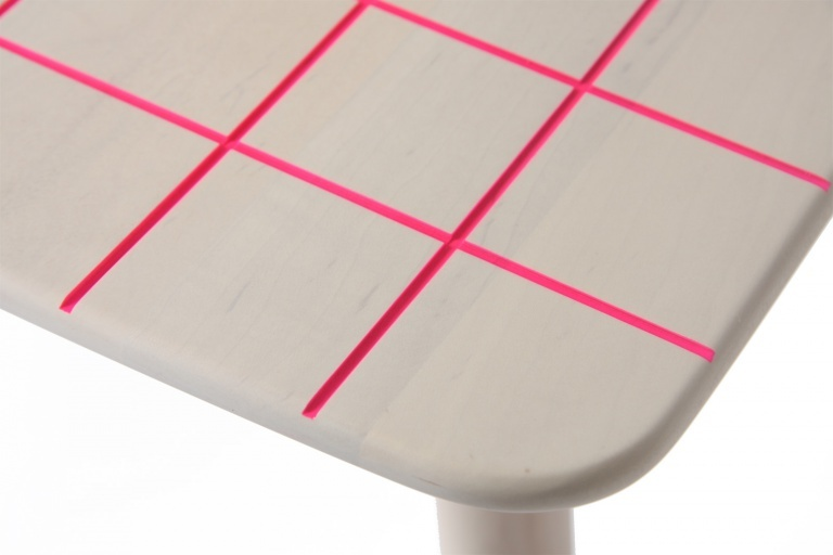 colourstool_pink_detail1-768x512[1]