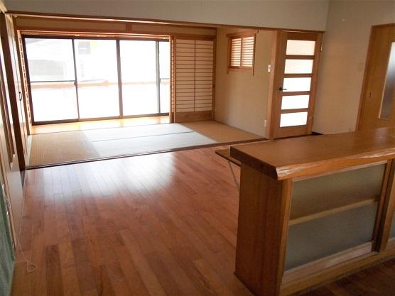 キッチンカウンター~和室2