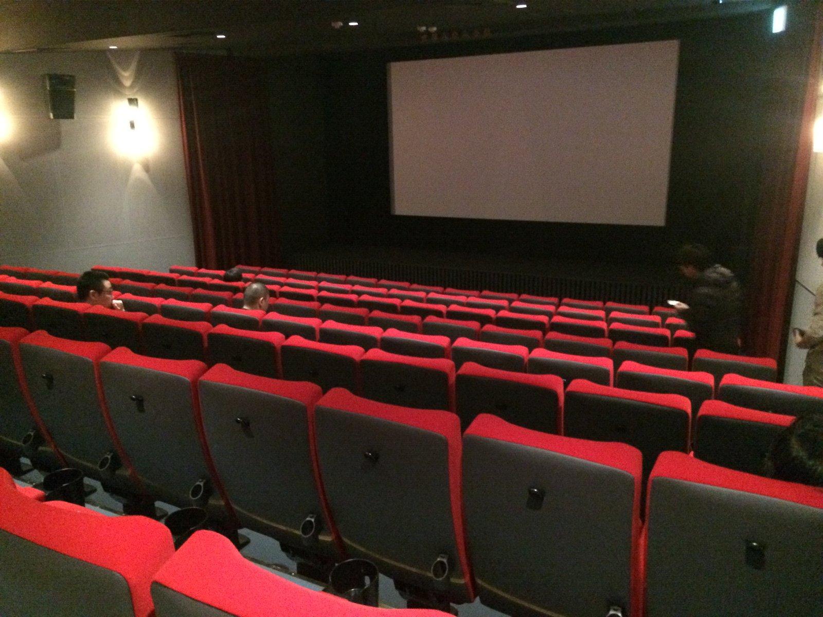 191209 居心地の良い劇場内