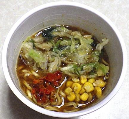 8/26発売 7種の野菜のスパイスカレーラーメン(できあがり)