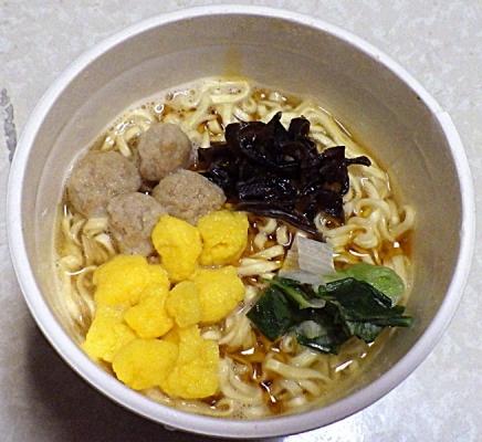 2/3発売 カップヌードル 黄金鶏油 鶏塩(できあがり)