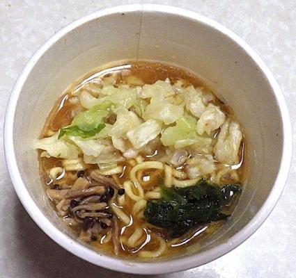 10/8発売 国産野菜具材100%使用 コク味噌ラーメン(できあがり)
