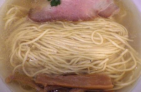 丸山製麺所 鶏らーめん(麺のアップ)