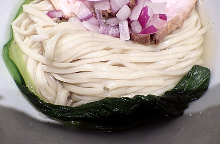 麺と心 7 あん肝白湯と秋刀魚節のつけ麺(麺のアップ)