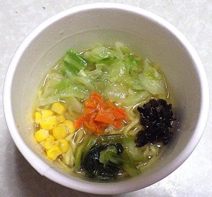 10/7発売 ラーメンモッチッチ 野菜タンメン(できあがり)