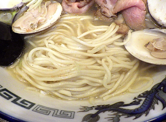 綿麺 とりはましお(麺のアップ)