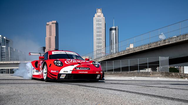 high_911_rsr_coca_cola_design_atlanta_2019_porsche_ag (1)
