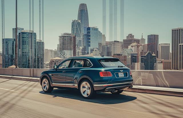 Bentley Bentayga Hybrid-49 (5)