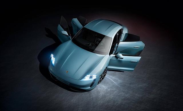 Porsche-Taycan-4S- (7)