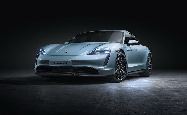 Porsche-Taycan-4S- (1)