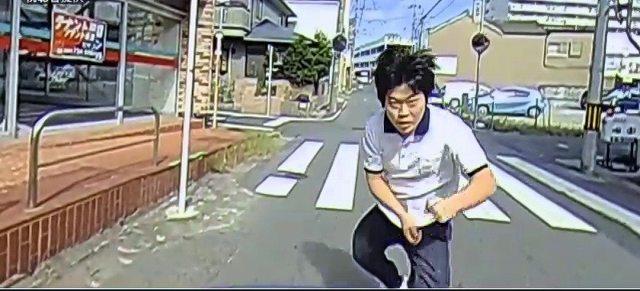 フロントガラス破壊男 (3)