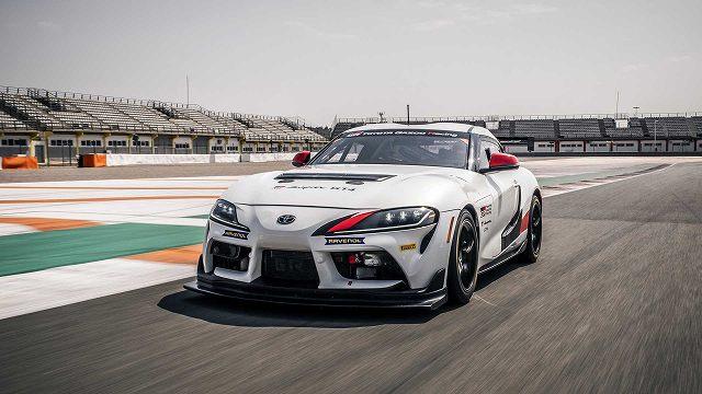 トヨタスープラGT4レースカー4 (2)