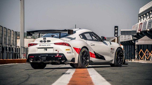 トヨタスープラGT4レースカー4 (5)