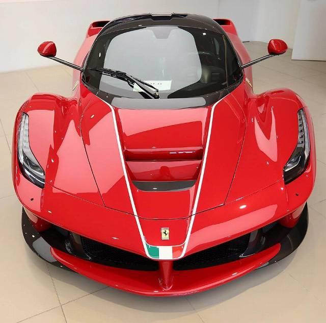 最後のラフェラーリ (2)