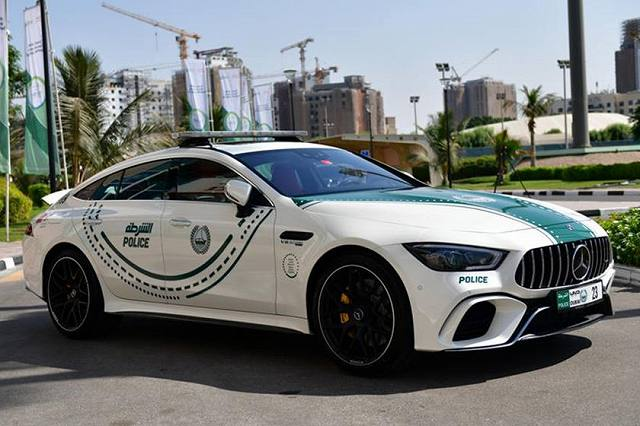 mercedes-amg-gt-63-s-4-door-coupeewewew1 (1)