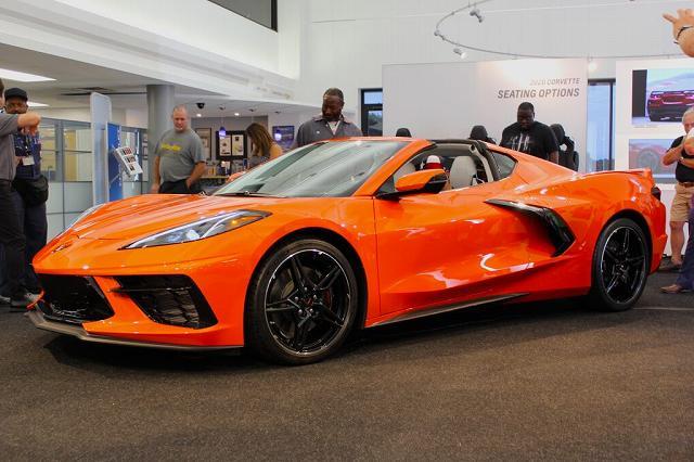 2020-Corvette-Stingray-l7.jpg
