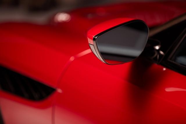 Aston-Martin-CES-2020oiho (1)