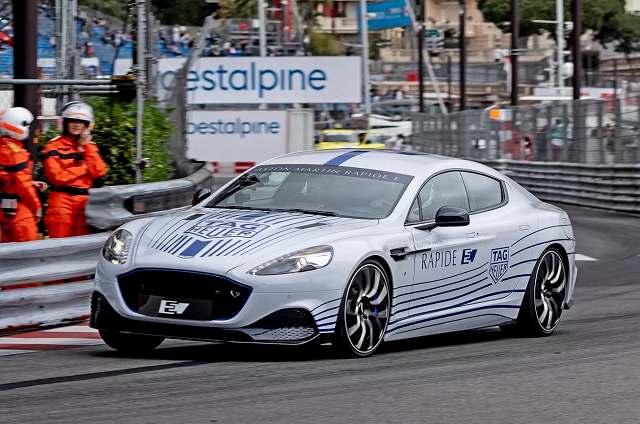 Aston-Martin-Rapide-E-14 (4)