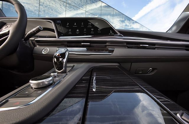 2021-Cadillac-Escalade-74397 (4)