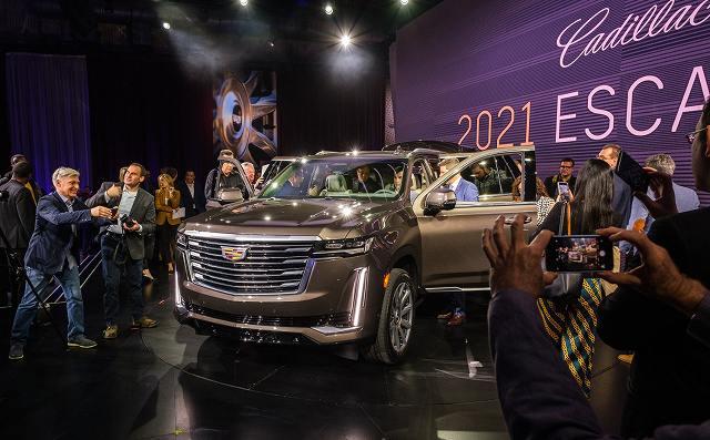 2021-Cadillac-Escalade-74397 (5)