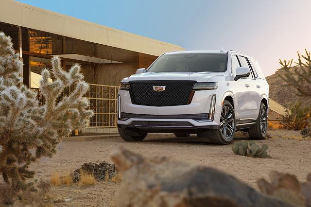 2021-Cadillac-Escalade-74397 (7)