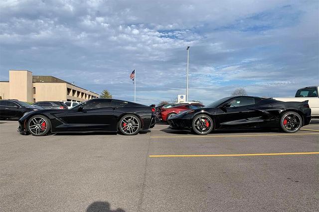 2020-Chevrolet-Corvette-C8987 (5)