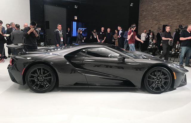 2020-ford-gt-liquid-carbon-1077_h (8)