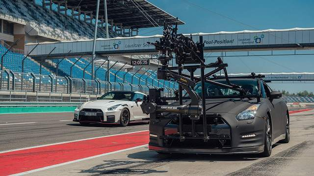 Nissan-GT-R-Camera-Car-GODZILLA (6)