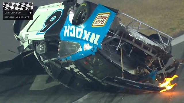 NASCARクラッシュ2020 (1)