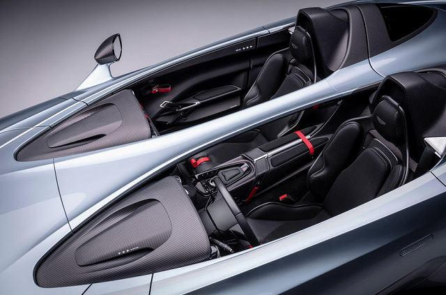 astonmartin-v12speedster-2020 (3)