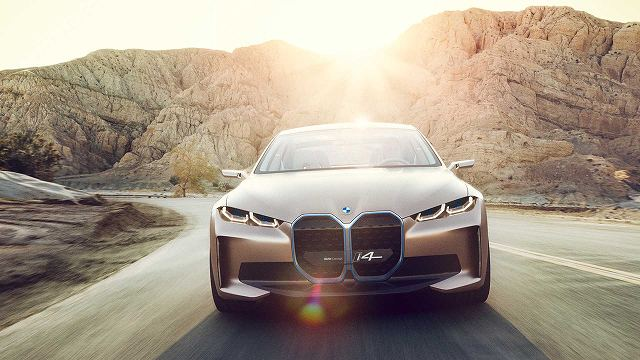 BMW-i4コンセプト (5)