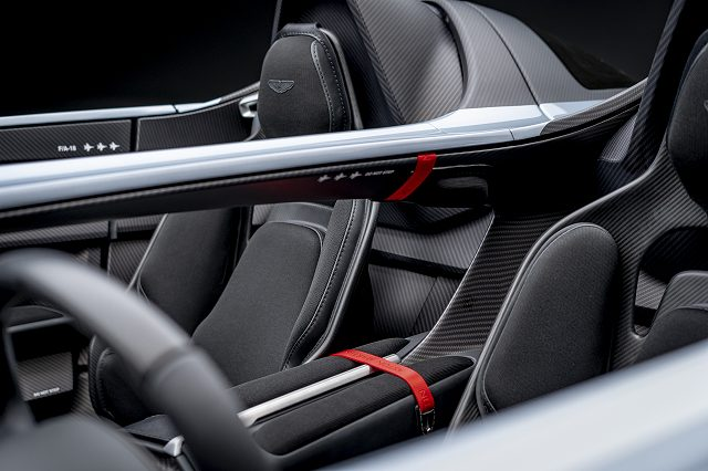 Aston_Martin_V12_Speedster_18-jpg.jpg