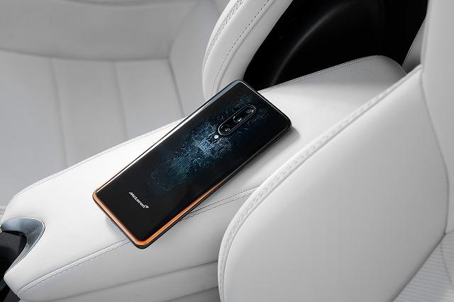 Large-11371-OnePlus-7T-Pro-McLaren-Edition.jpg