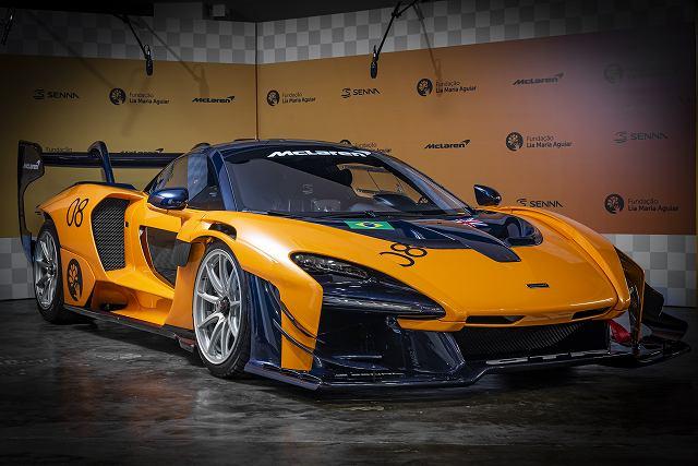 Large-11789-McLaren-GTR.jpg