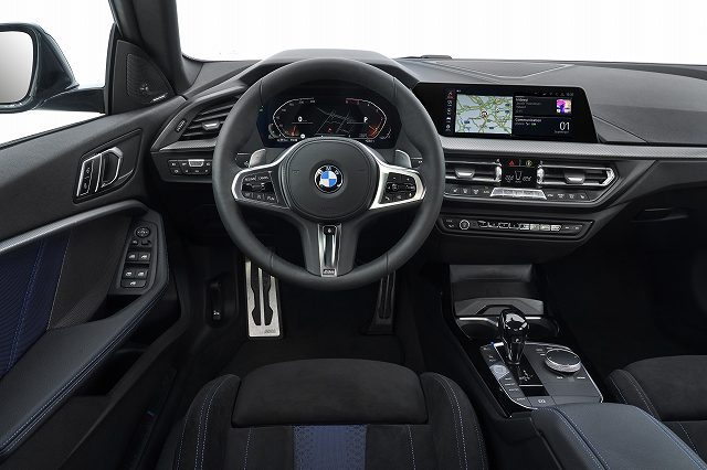 P90370559_highRes_the-all-new-bmw-2-se.jpg